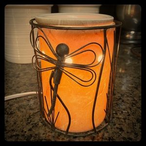 Gently used Scentsy Warmer w/ Dragonfly Overlay
